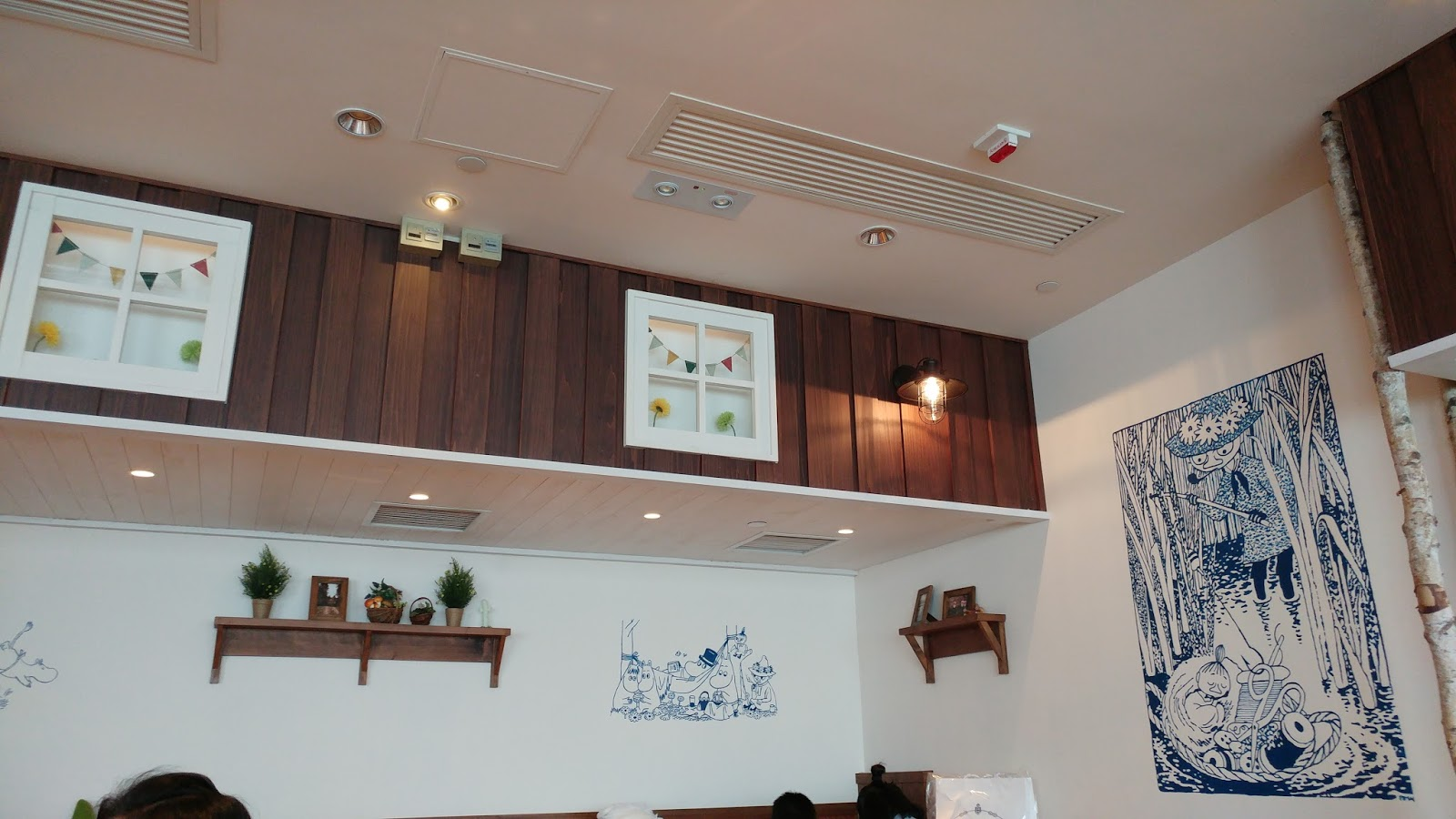 食記|走進北歐小村落·超療癒的姆明主題餐廳。moomin cafe