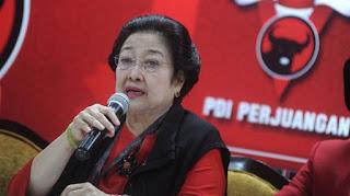 Megawati: Terserah Saya Mau Dibilang PKI Gapapa, Orang Tua Saya Kan Pahlawan!