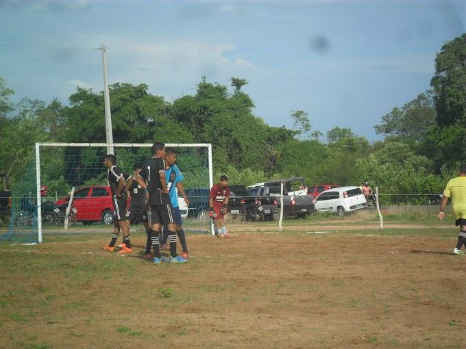 Rua do Fio e Comercial largam na frente no Campeonato do Alto; debutante Real Snayk faz 4 a 1 no Capitão Mundoco.