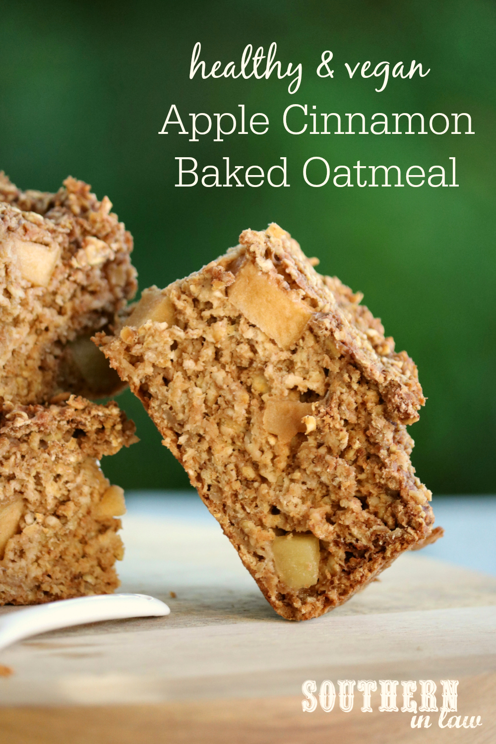 Healthy Vegan Apple Cinnamon Baked Oatmeal Recipe - low fat, gluten ...