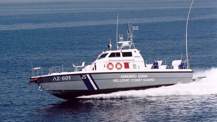 Μυστήριο με πτώμα γυναίκας που βρέθηκε να επιπλέει στη θάλασσα