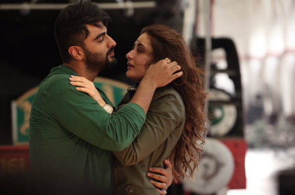 Kareena Kapoor and Arjun Kapoor as Kia and Kabir in R. Balki's Ki & Ka