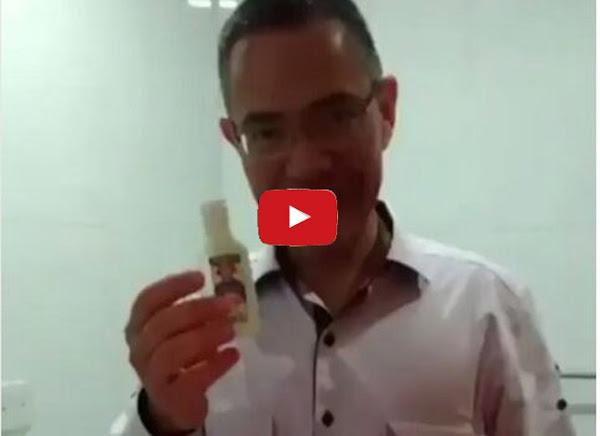 Ernesto Villegas se burla de los que no pueden comprar pasta de dientes