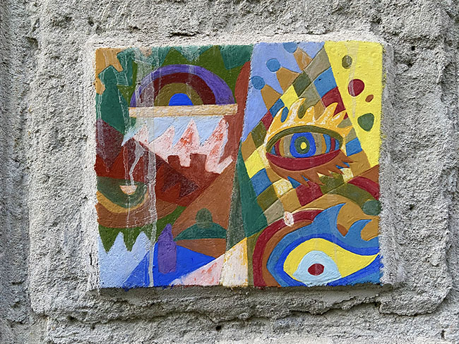 Maglione, borgo d'arte a colori