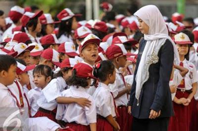 Atasi Kekurangan Guru PNS, Honorer Akan Direkrut