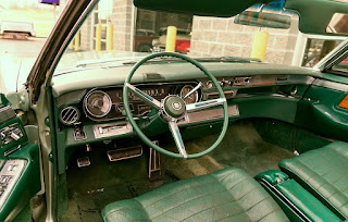 1966 Cadillac Eldorado Cabriolet Green Interior Cabin