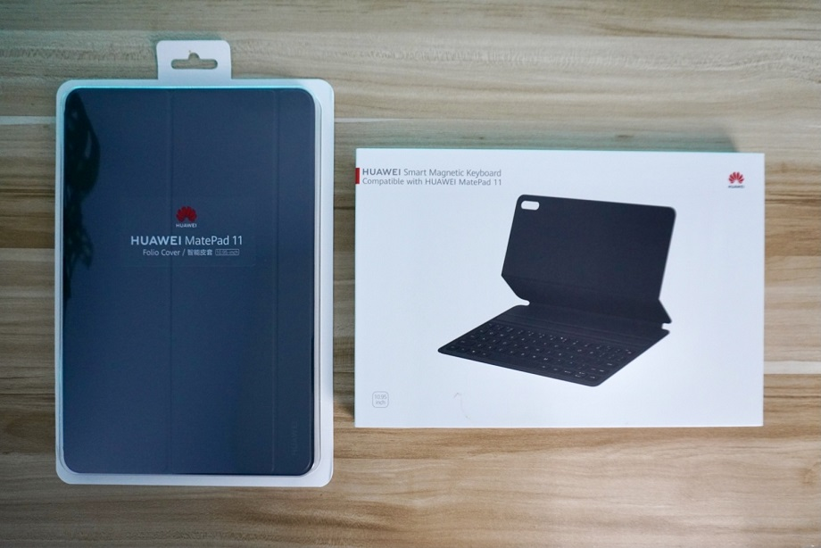 Huawei MatePad 11 Unboxing: Smart Magnetic Keyboard and Folio Cover