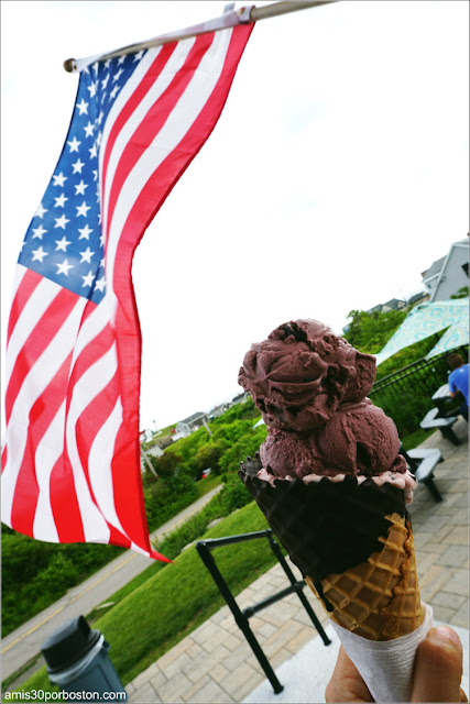 Helado cerca de Nubble Light en York, Maine