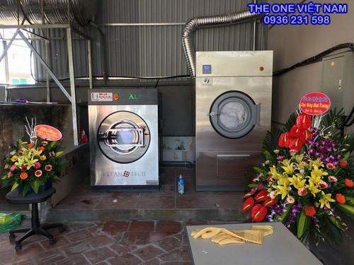 Tiệm giặt ủi dân sinh