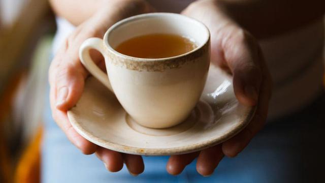 Minum Teh Tiap Pagi Dapat Memperbaiki Fungsi Jantung