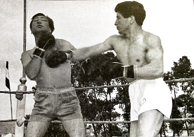 Ungidos (derecha) en su combate contra Correa en 1961