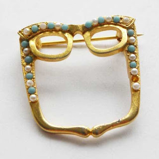 Glasses brooch by Exquisite