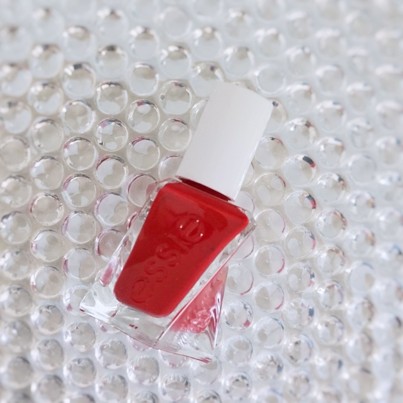 Essie Gel Couture Rock The Runway swatch