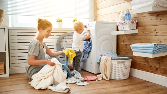 Pekerjaan Ibu Rumah Tangga Lebih Berat Dari Kerja Kantoran