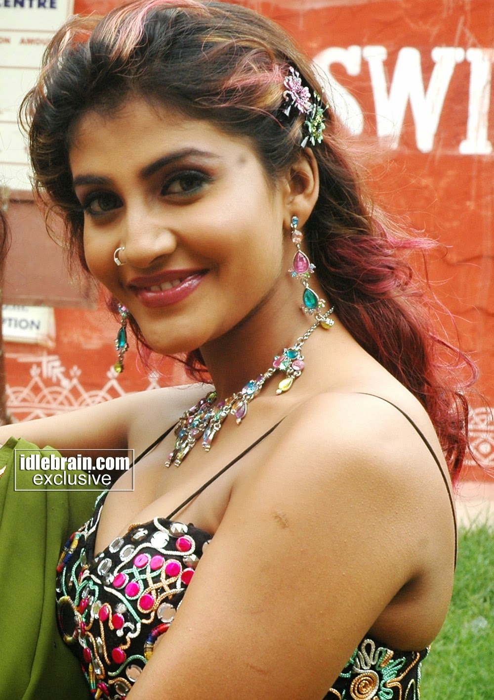 Kausha Rach Porn - South Indian actress Kausha Rach black wide L hot navel stills photos   Hot  Model Girls Hot Bikini Pics