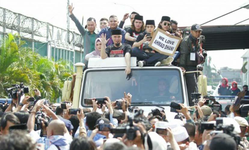 Ahmad Dhani bebas