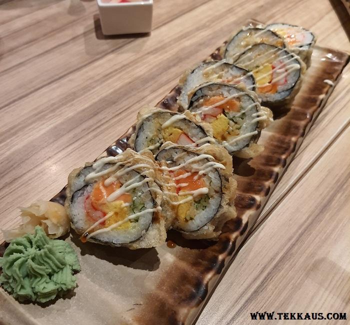 Wa Zen Menu Salmon Tempura Maki