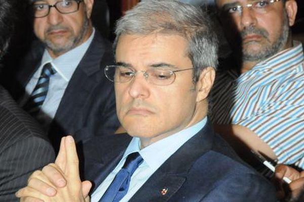 الرئاسة التونسية تتأسف لترحيل الأمير هشام