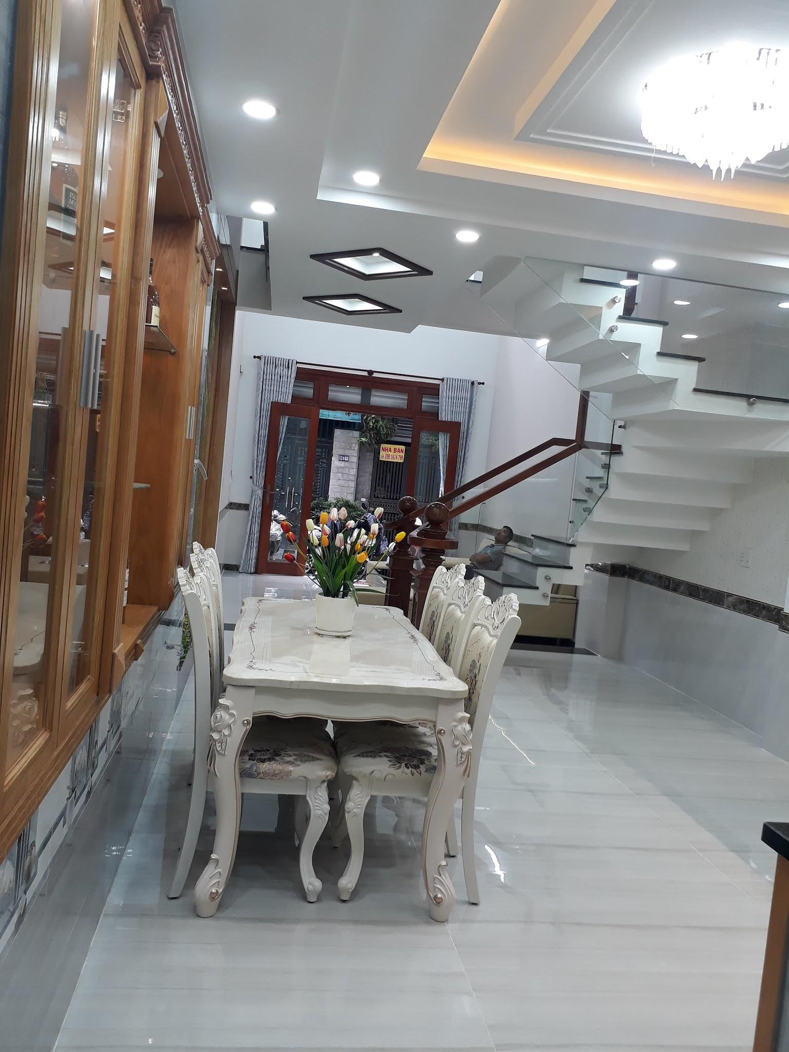 Bán nhà mới xây cực đẹp hẻm xe hơi Phan Huy Ích phường 15 Tân Bình Dt 4x16m