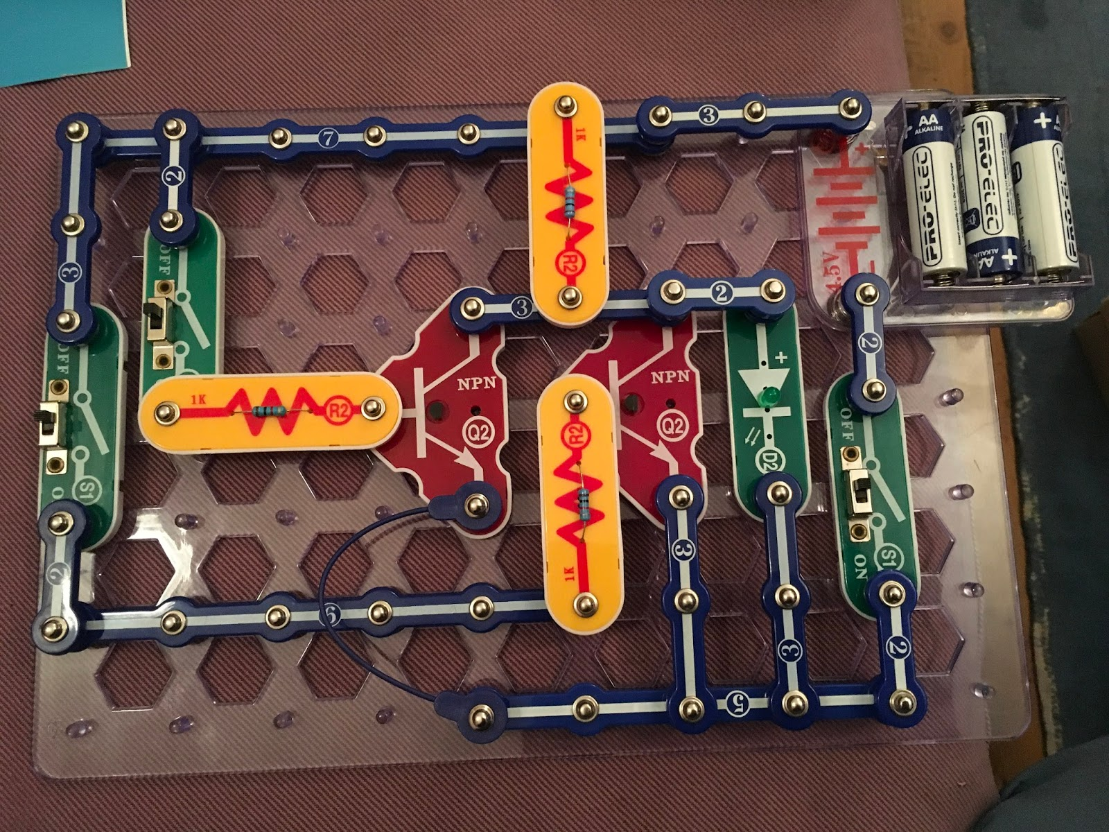 Electronics And Computing Transistor Logic Gates Where Analogue Gate Animation The Final Building Block I Built Was A Nor Which Needs Two Transistors In Parallel