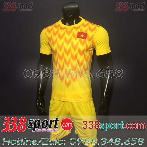 Áo bóng đá đội tuyển Việt Nam