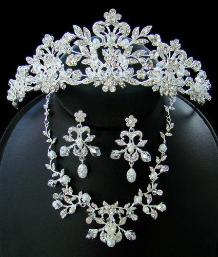 Wedding Blog: Bridal Jewelry Ideas