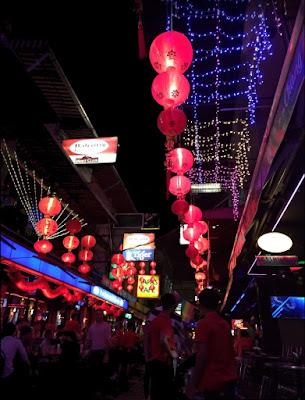Silom soi 4 gay bars