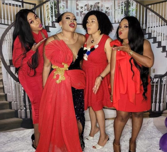 Nigerian lady throws a party to celebrate her divorce (videos)