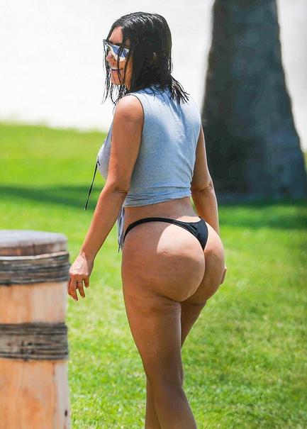 Kim dengan selulit kulit jeruk