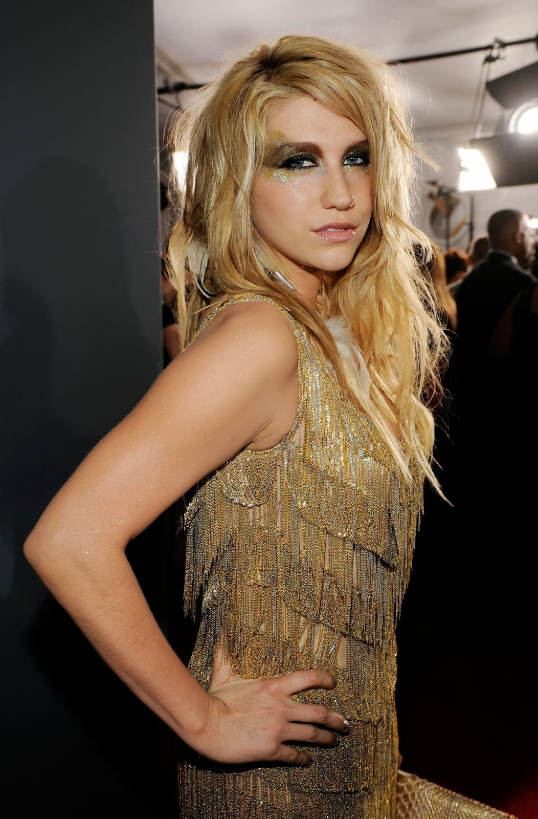 Kesha Topless Nude Boobs Exposed In Transparent Dress In