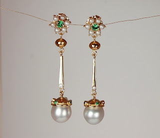 18k and 22k yellow gold earrings with South Sea pearls