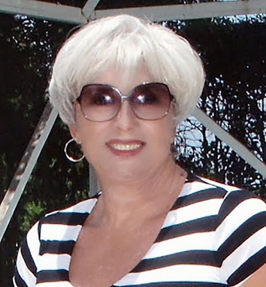 Blogger Rhonda of Rhonda's Escape fame