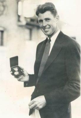 Pro golfer Henry Picard