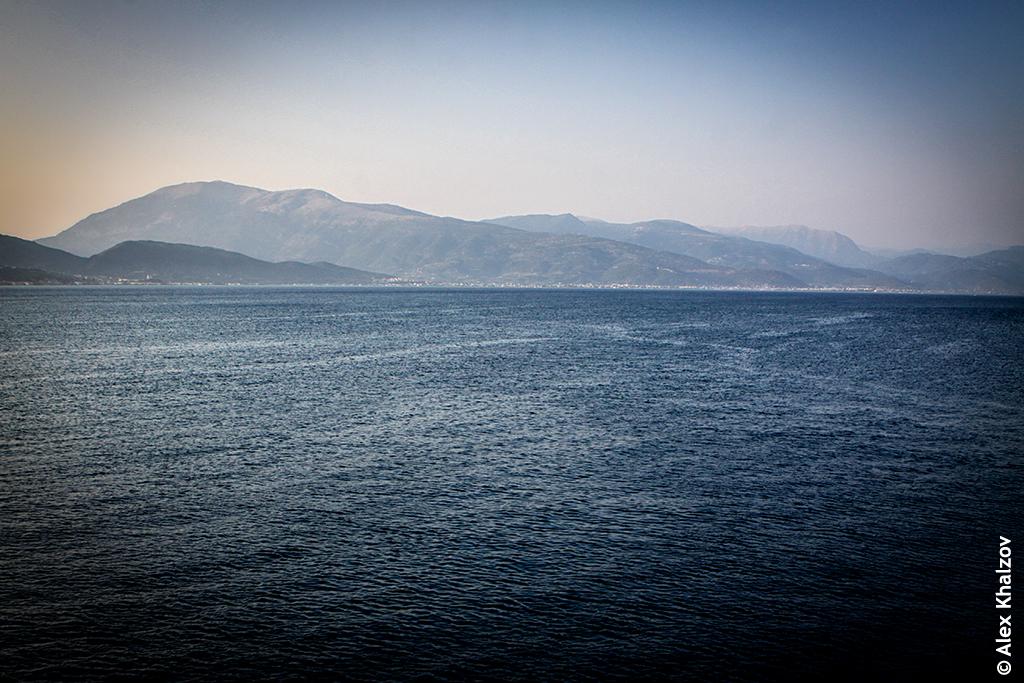 Коринфский залив