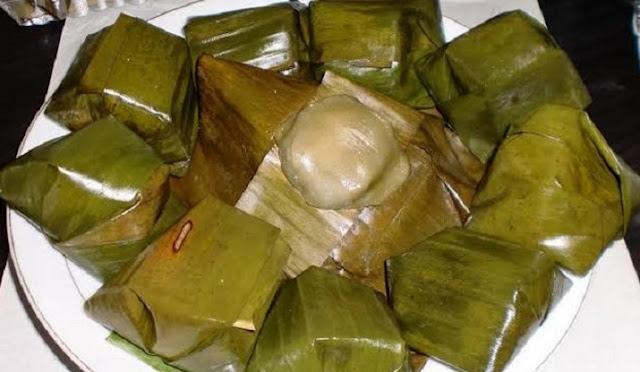 Lopek bugi merupakan camilan khas Riau.
