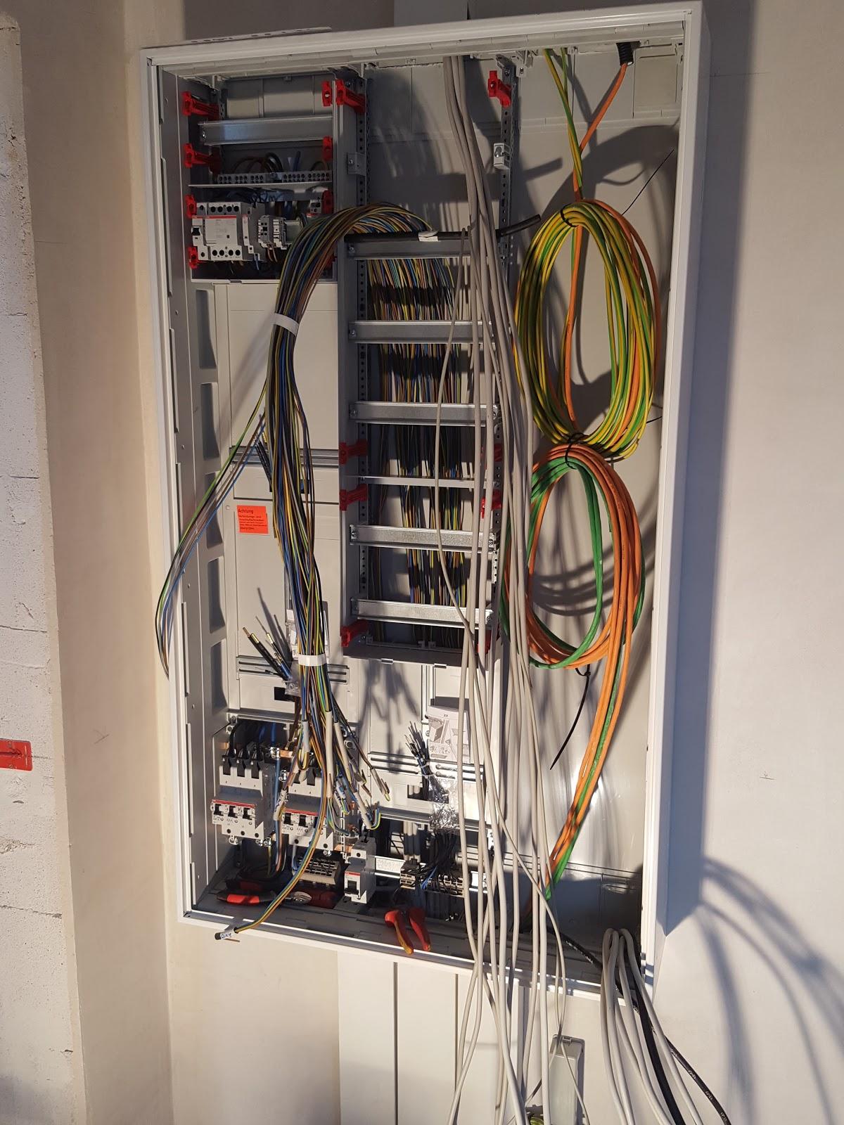 Hausbau-Nickern Blog: TAG 103 - Elektro Feininstallation und ...