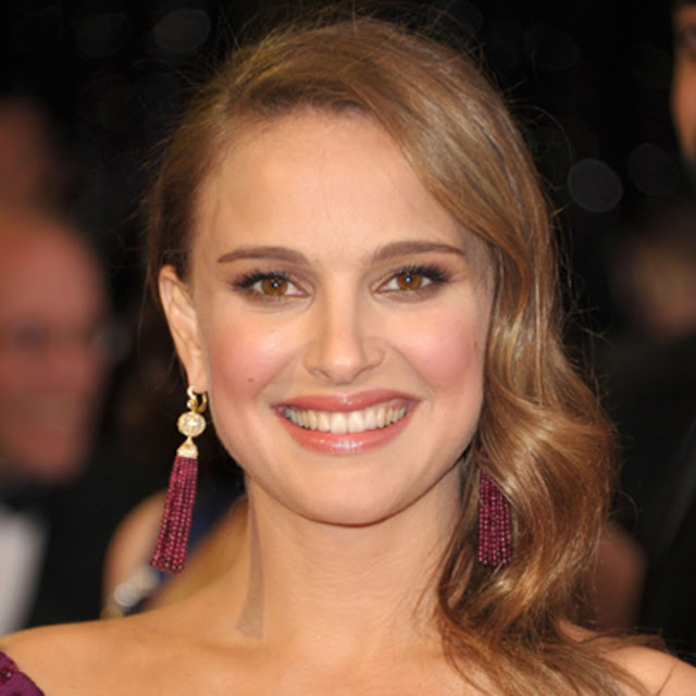Natalie Portman Hot HD Photos, hd wallpaper for android mobile download