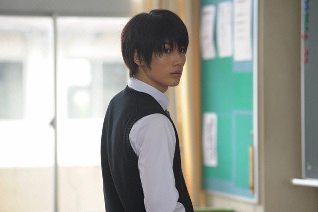 haruma miura sebagai kazehaya dalam film kimi ni todoke
