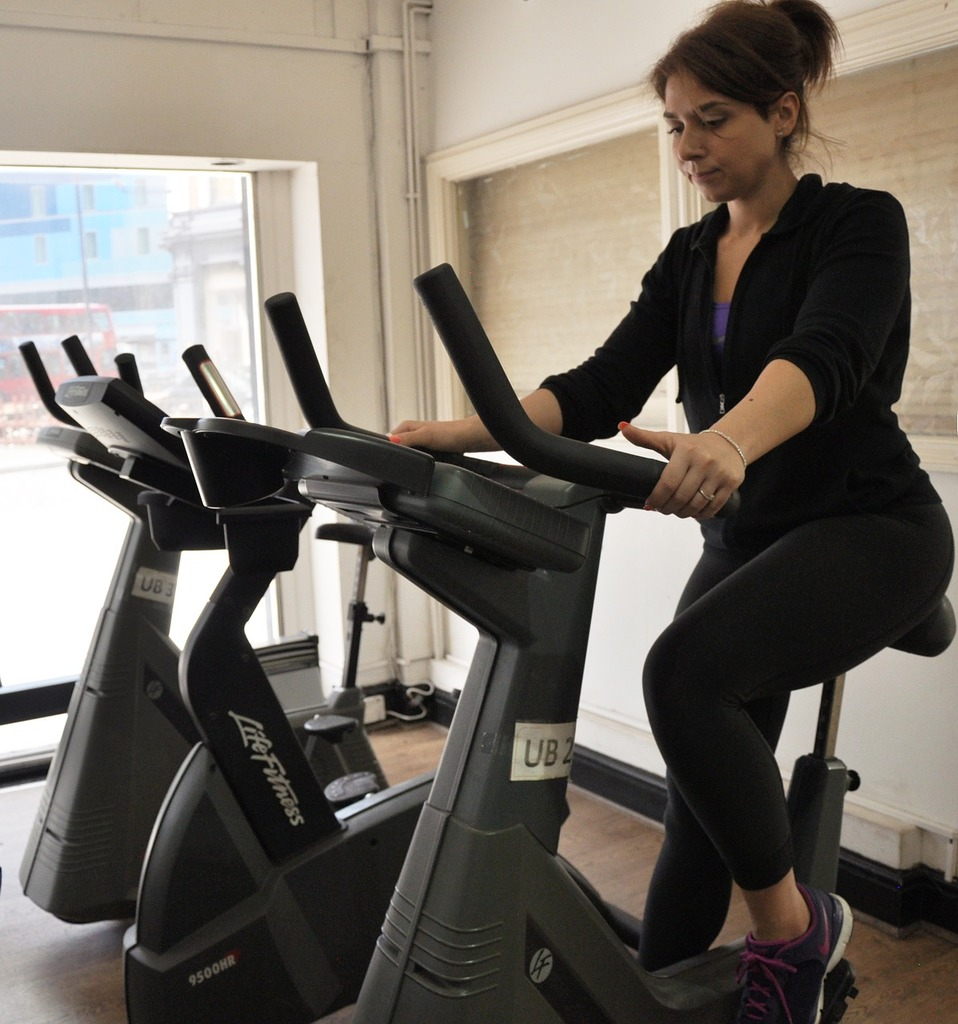 5 Benefits of Taking an Indoor Cycling Class