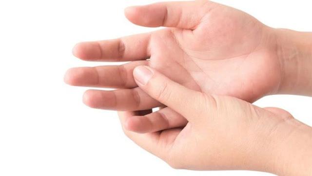 मानव शरीर के इन अंगों पर खुजली भी करती है भविष्य की और संकेत
