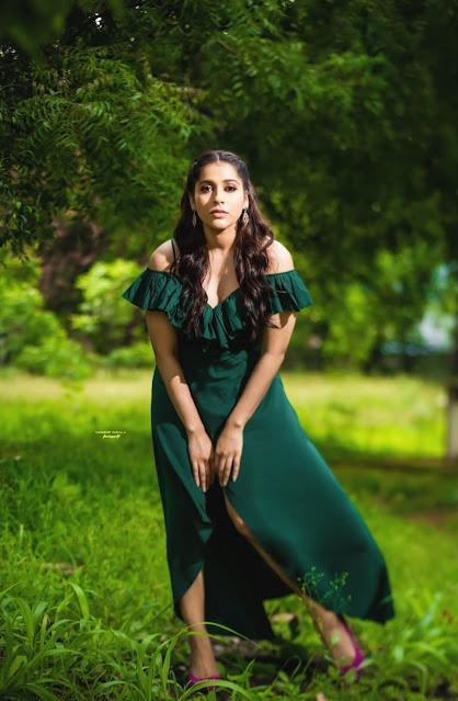 Anchor Rashmi Gautam Sexy Photo Stills in Green Dress Actress Trend