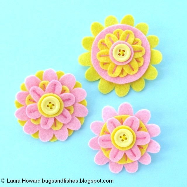 Felt Flower Brooches Tutorial: the finished brooches