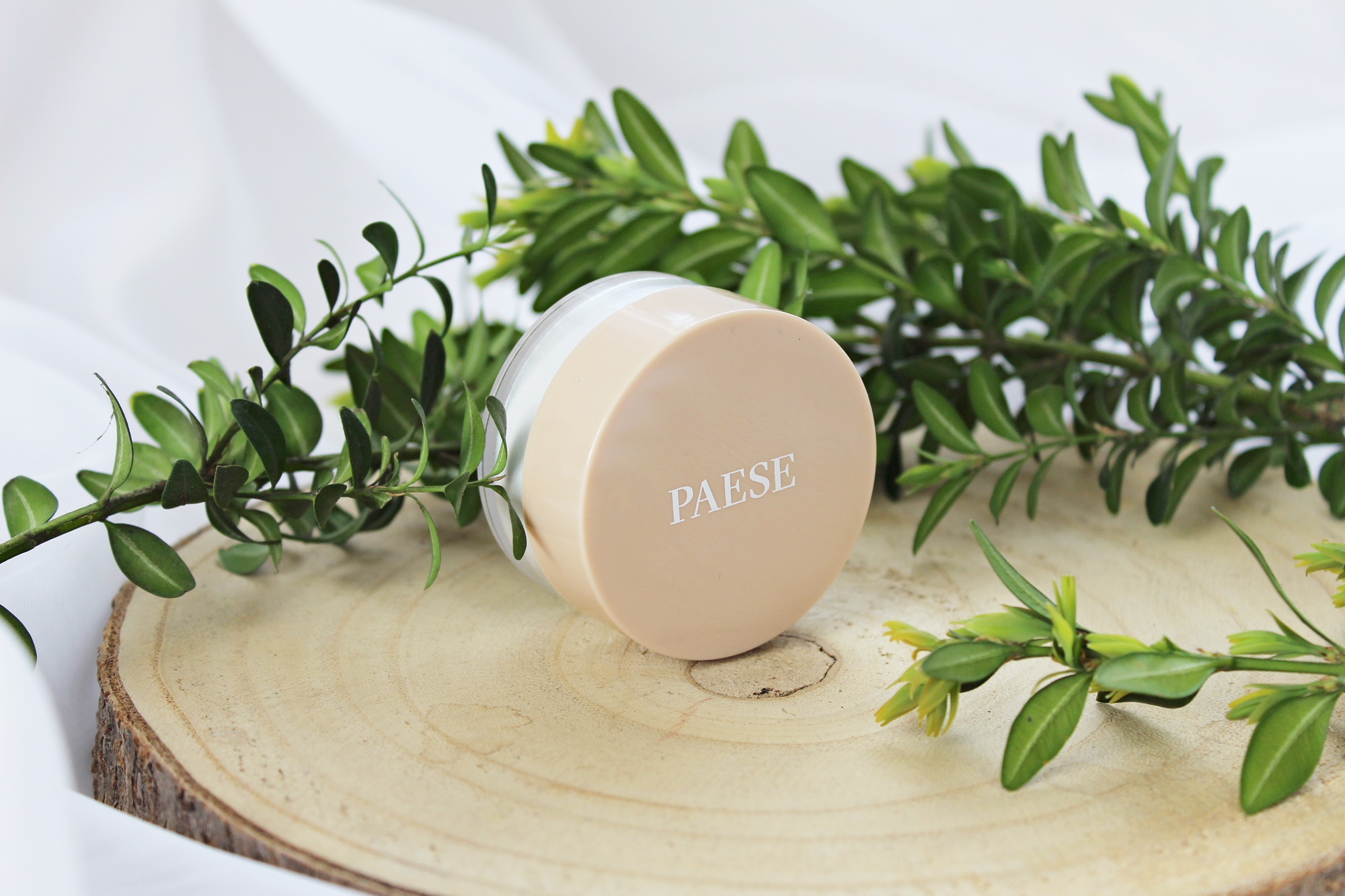 Paese Puff Cloud under eye powder puder pod oczy
