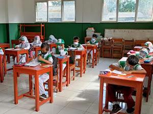 Patuhi Prokes, Pembelajaran Tatap Muka di SD Muhammadiyah 3 Bandung Aman Terkendali