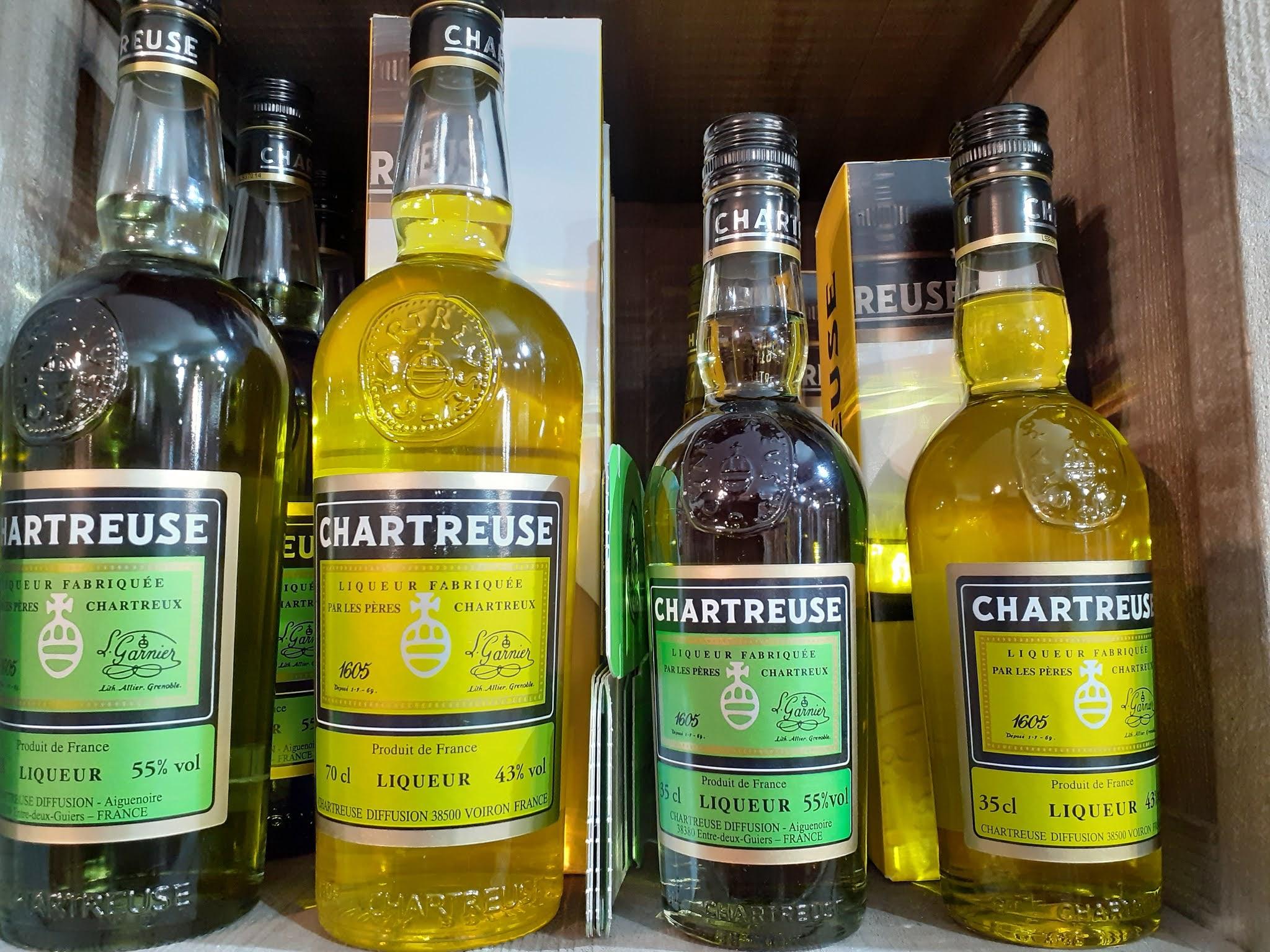 Liqueurs de Chartreuse verte et jaune - Voiron