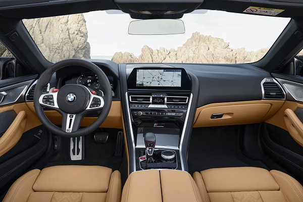 Interior BMW M8 Competition Cabrio