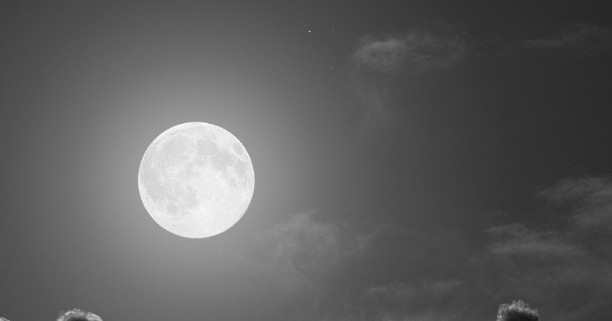Android Best Wallpapers: Full Moon Night Black And White ...