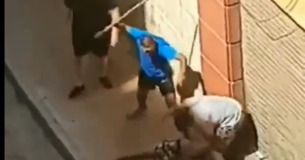 Ισπανία: Πολίτες ξυλοκοπούν άγρια παράνομο μετανάστη που άρπαξε κοριτσάκι (βίντεο)