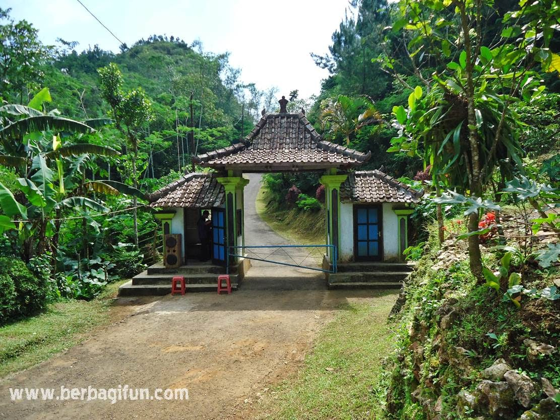 Pemandangan Indah dari Gardu Pandang Goa Seplawan ~ JALAN JALAN