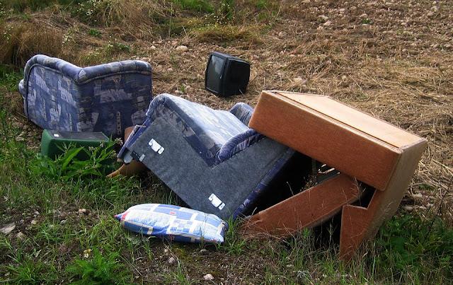 rifiuti abbandonati-smaltimento rifiuti speciali